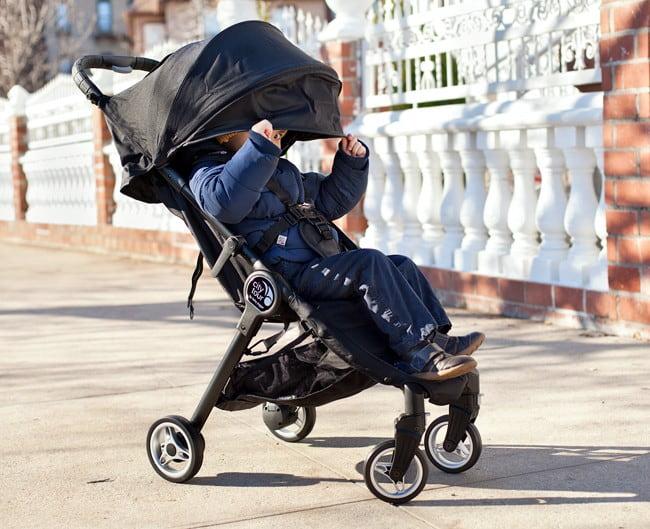 Скидки на популярные коляски и аксесуары от бренда Baby Jogger !
